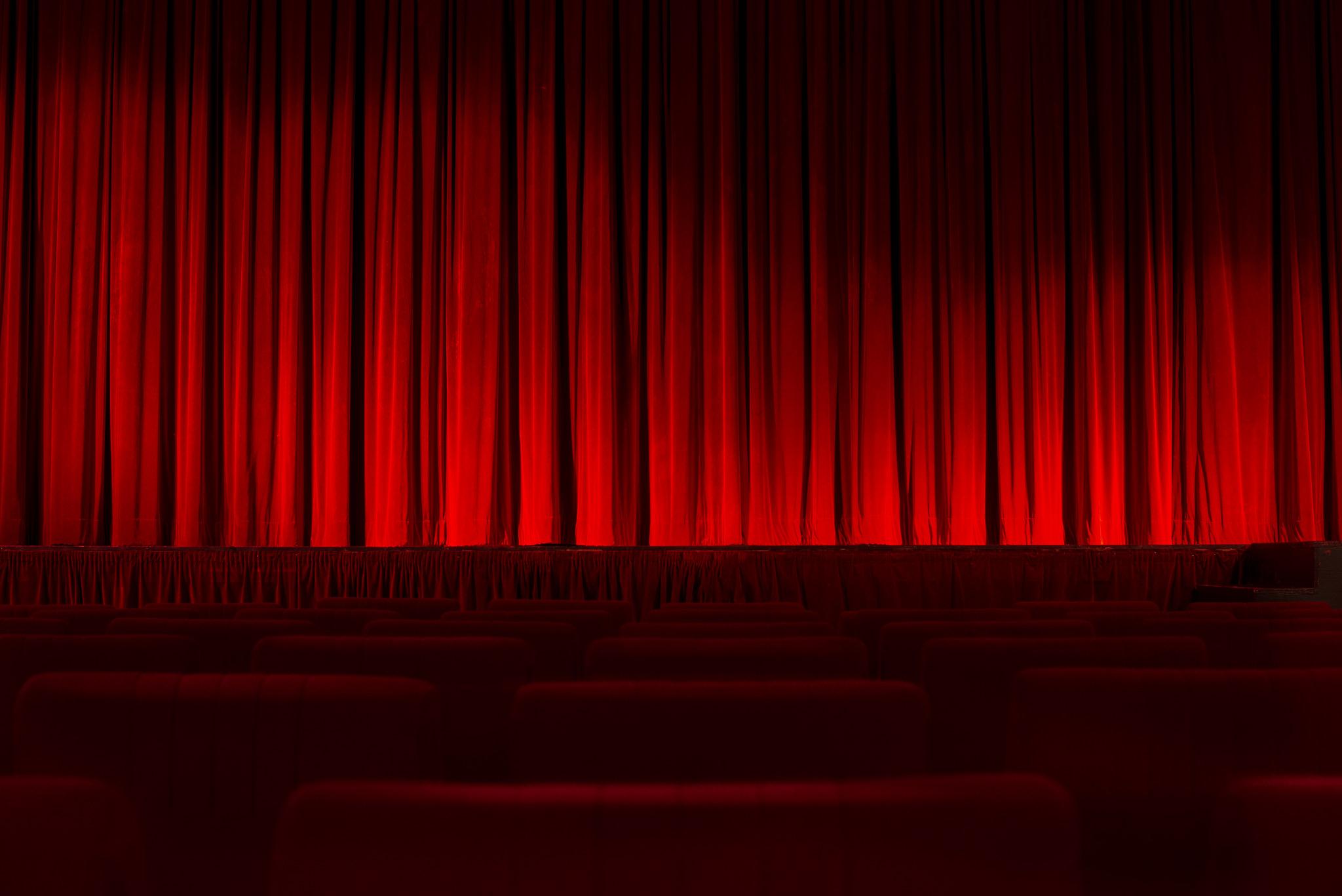 avoca theatre curtains